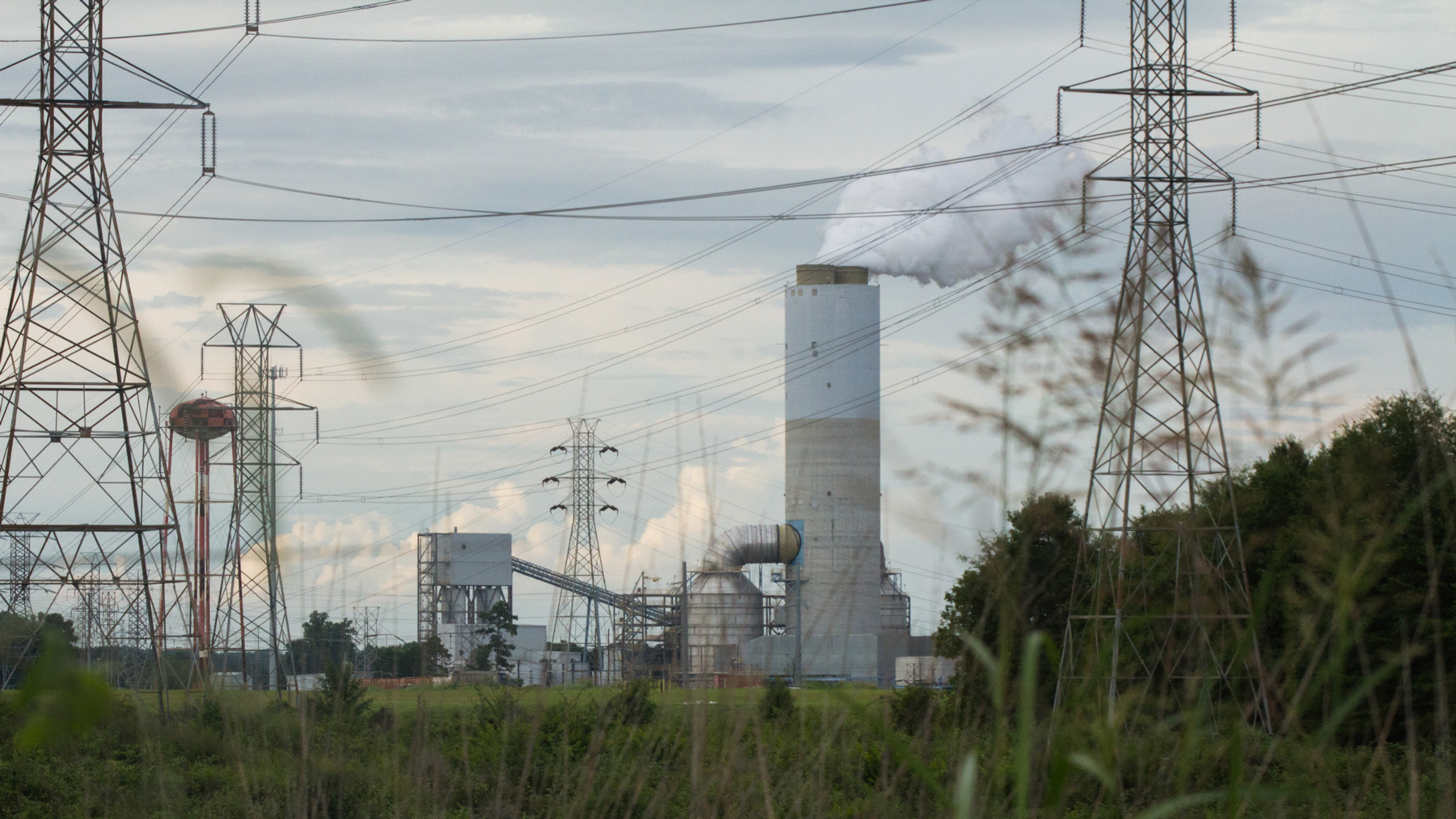 Residents living near Duke Energy's G.G. Allen Steam plant in Belmont, N.C., received letters from the North Carolina Department of Environmental Quality in 2015 telling them their well water had high levels of contaminants. (Chelsea Rae Ybanez/News21)